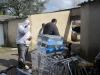 chargement-du-container-le-05-mars-2012-012