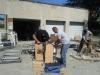 Rangement des matériels par les bénévoles en 2014 à Montluçon